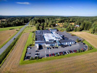 Kalaneuvos V. Hukkanen Oy tuotantolaitos ilmakuva